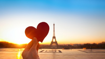 Departure Graf: Valentine's Day in Paris & Versailles Palace
