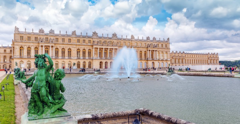 Ponds(Water Parterres), statues in front of the main building of the Palace of Versailles, Sun-King Louis XIV.