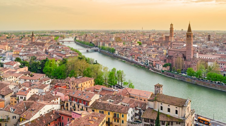 Departure Graf: Mother's Day in Lake Garda & Verona
