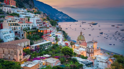 2021 Departure Stuttgart Airport: Naples, Pompeii & the Amalfi Coast by air