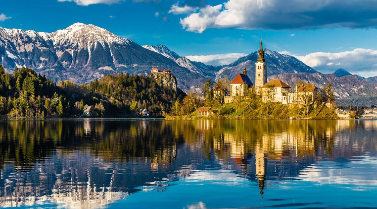 Departure Graf: Best of Croatia & Lake Bled