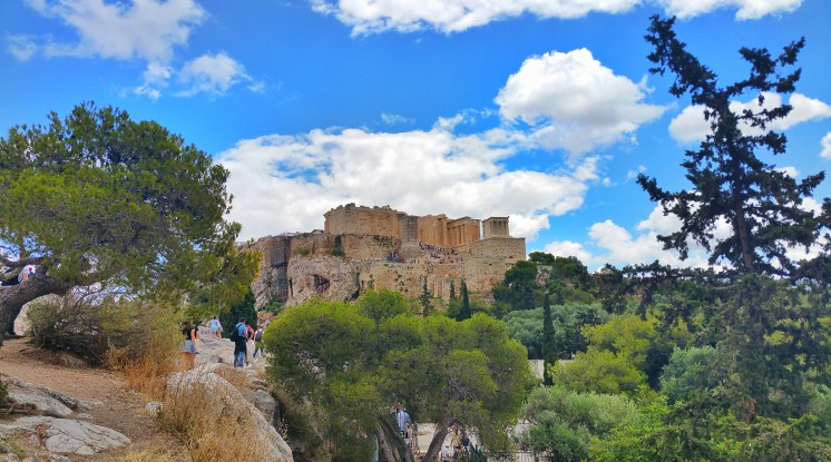 Departure Frankfurt Airport: Athens & the Greek Islands by air (Columbus Day 4-Day Weekend)