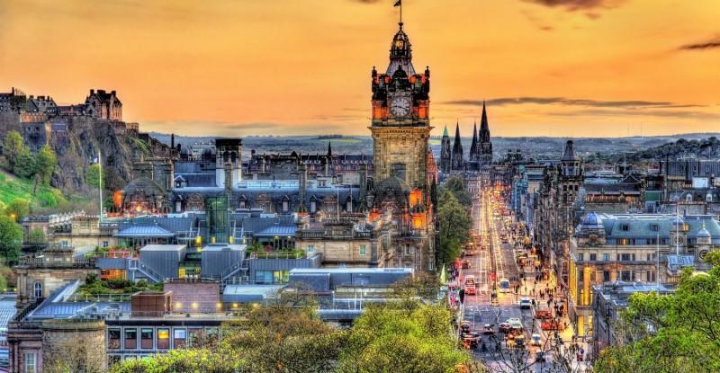 View of the city centre of Edinburgh – Scotland