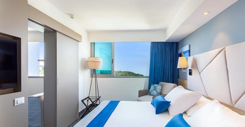 Connecting Room – valamar-diamant-hotel-novel-junior-suite-01