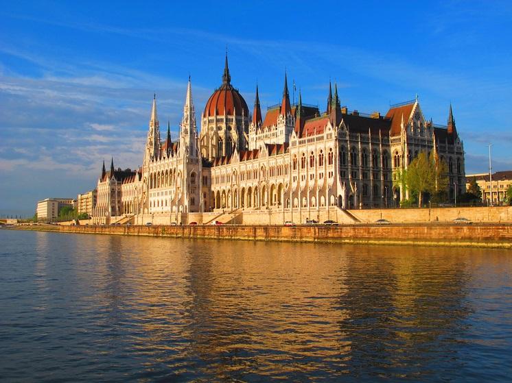 explore europe budapest 1_S