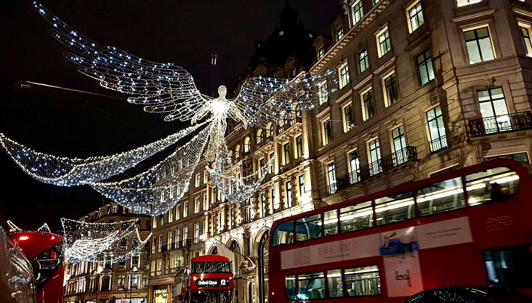 London-Christmas-Explore-Europe-Travel