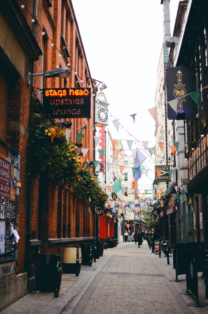 The lively bars of Dublin