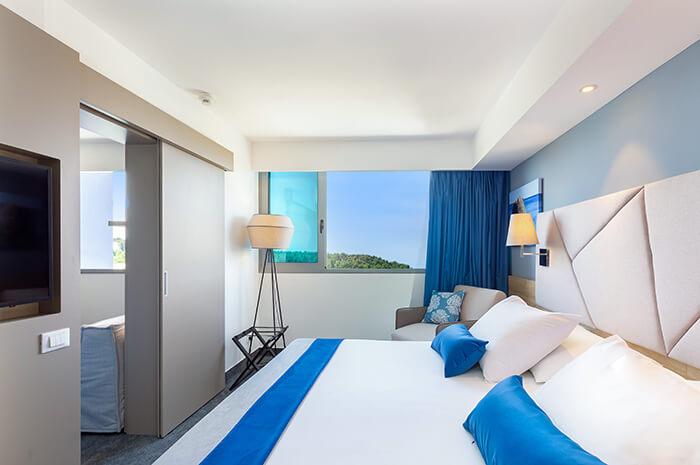 Connecting Room - valamar-diamant-hotel-novel-junior-suite-01