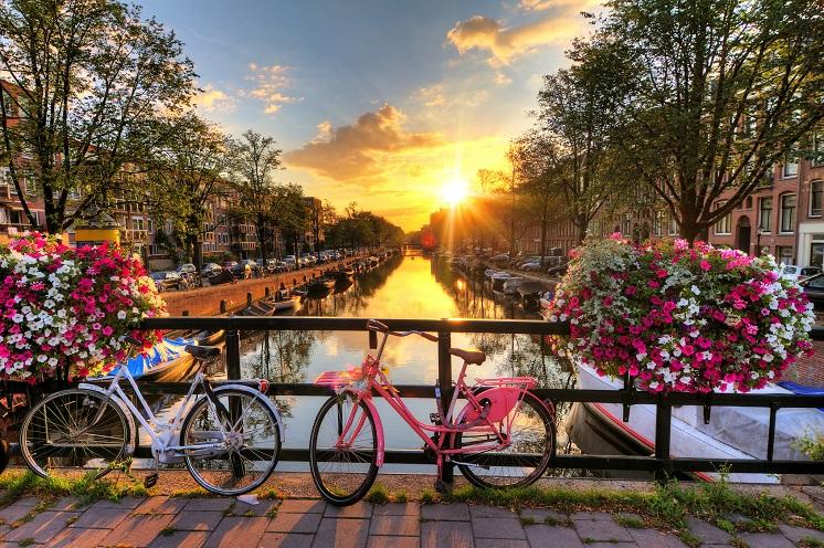 Explore Europe Amsterdam s 4