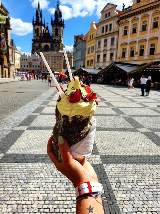Chimney Cake in Prague (Czech Republic)